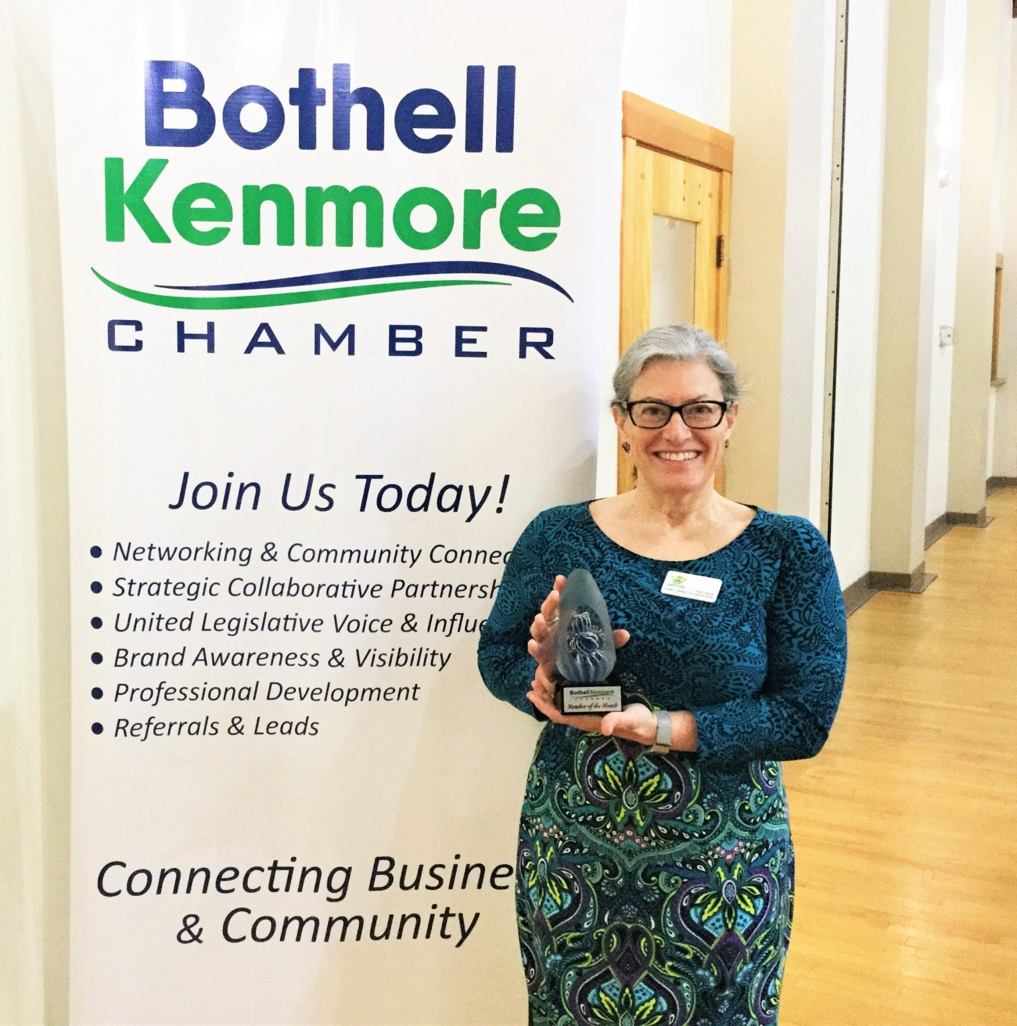 Nancy Balin Founder of the Family Jewels Foundation is awarded Chamber Member of the Month for 2019